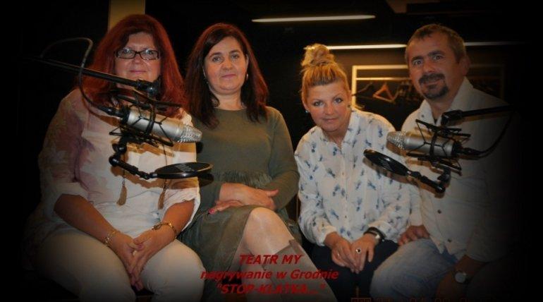 """Radio Szczecin z wirtualną wizytą w domu Aktorów """"Teatru MY""""."""